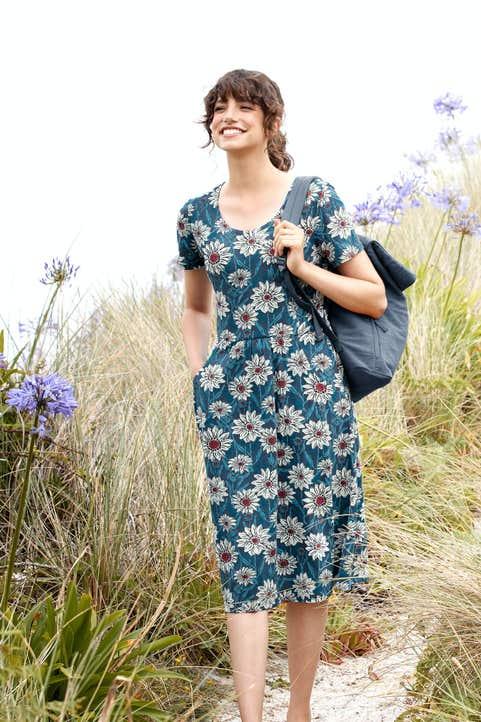 Enor Dress Model Image