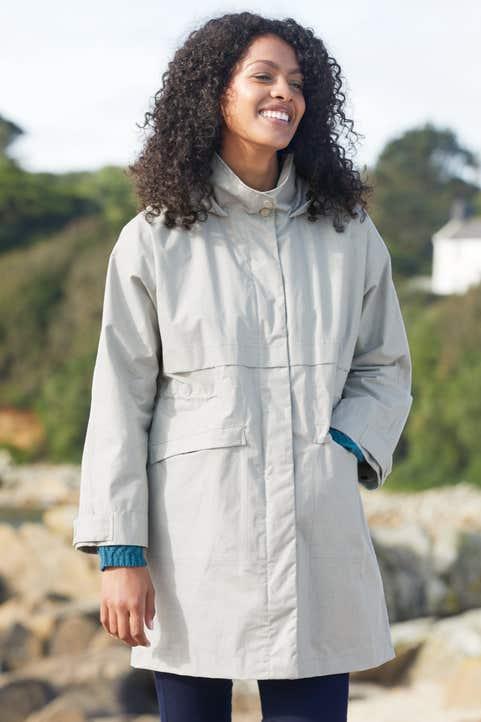 Islander Coat Model Image