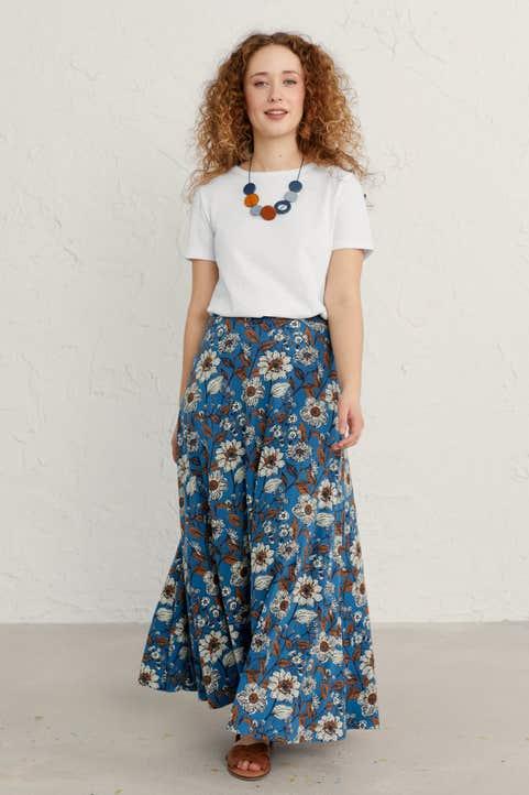 Stratus Skirt Model Image