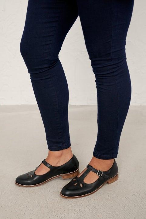 Penpoll Shoe Image