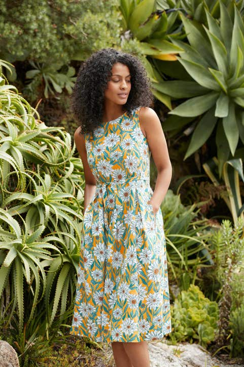 Terrace Garden Dress Model Image