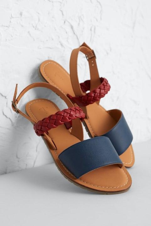 Kelpie Sandal Model Image