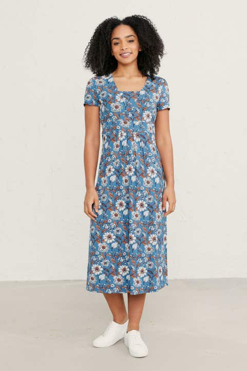 Short-sleeved Seed Packet Dress Model Image