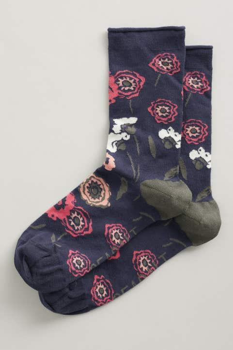 Women's Bamboo Arty Socks Model Image