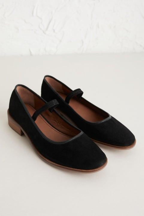 Rye Grass Shoe Image