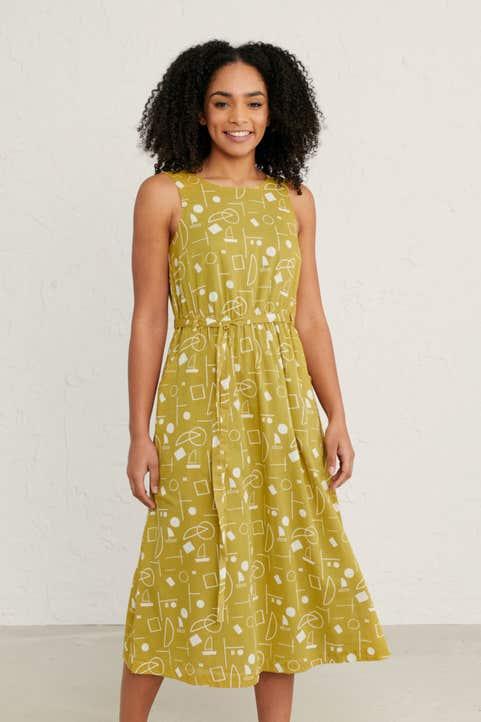 Seacoast Dress Model Image