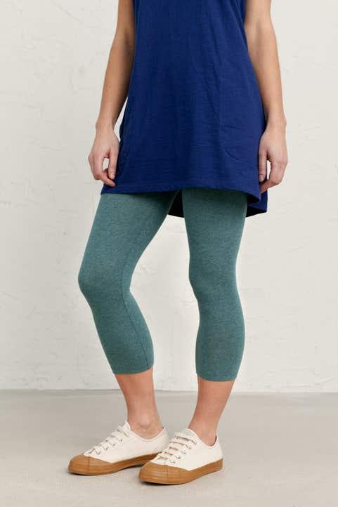 Charming Cropped Leggings Image
