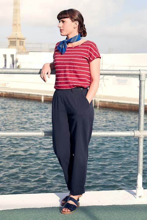 Hewn Stone Top Model Image