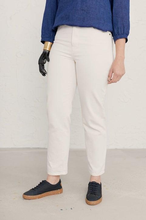Hawks Tor Jeans Model Image