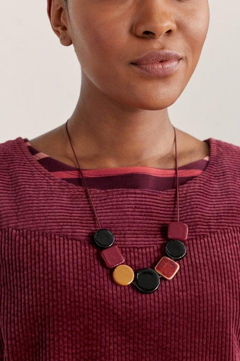Sand Plain Necklace Image