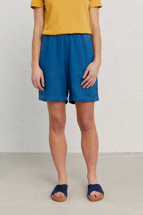 Zennor View Shorts Model Image