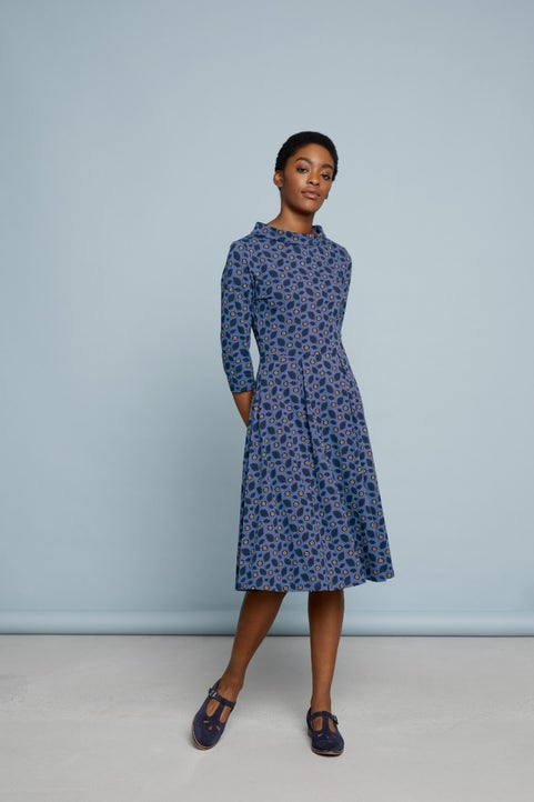 Carn Morval Dress Image