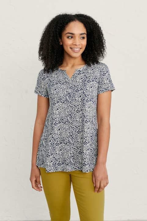 Short-sleeved Risso Top Model Image