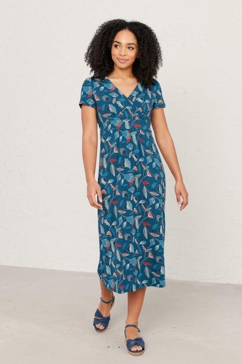 Short-sleeved Lake Dress Image