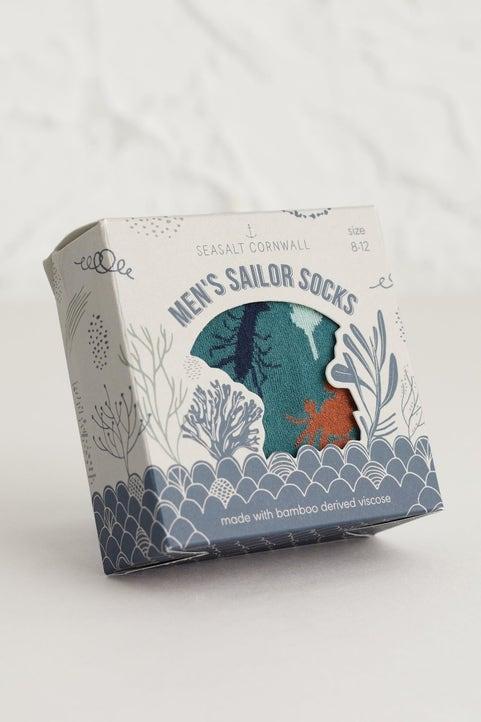 Men's Seabed Socks  Model Image